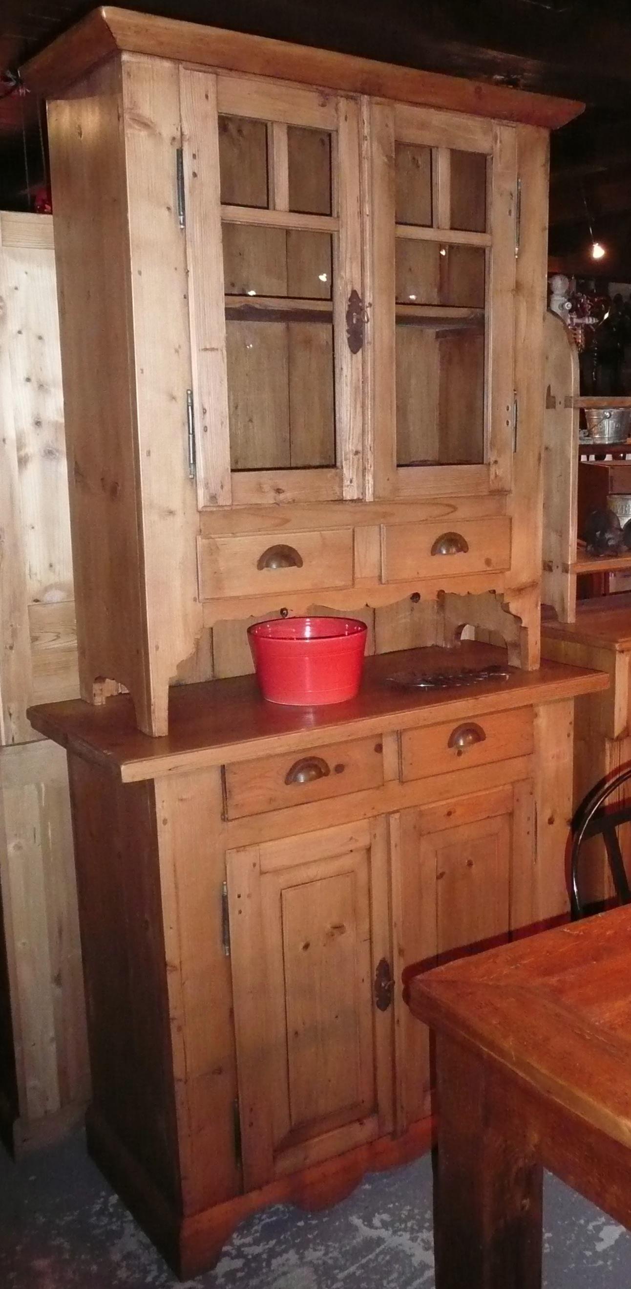buffet 2 corps vaisselier ancien en pin int gralement restaur style antique. Black Bedroom Furniture Sets. Home Design Ideas
